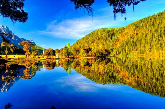 甘孜州九龙县伍须海景区9月30日开始闭园一年