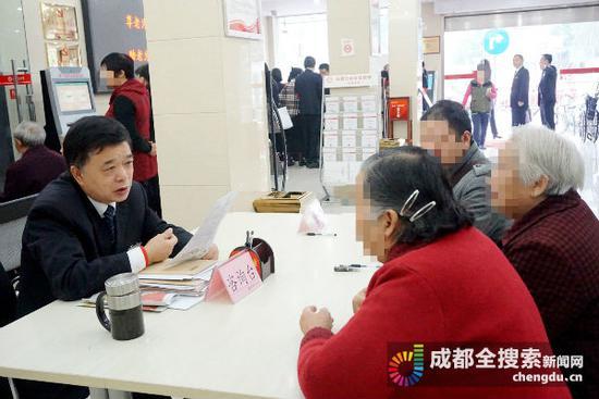 重阳节办了200多件遗嘱公证 公证处:办理人群逐渐年轻化