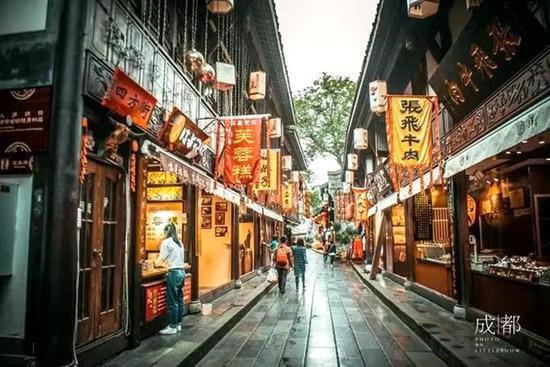 美媒评选全球最美街道 成都锦里古街荣登首位