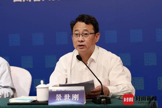 四川省科技厅副厅长景世刚 摄影:封面新闻记者刘开怡