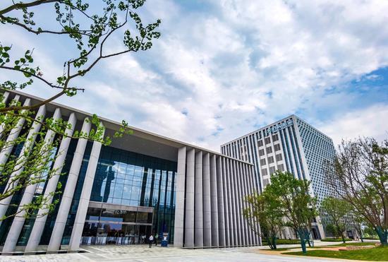 厉害了!四川首个大型保税概念购物中心明年开门迎客