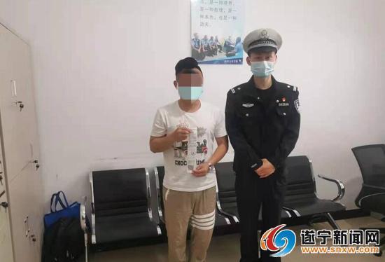 网友举报教练车违法 交警核实后进行处罚