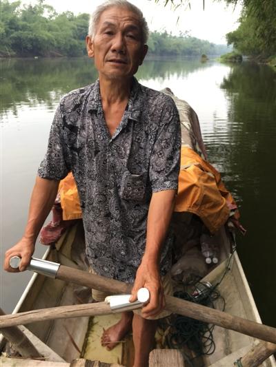 参加搜救的老渔民宛传清