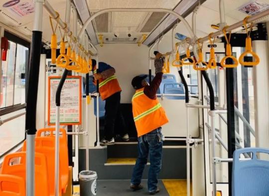 即日起 成都城市公交出租网约车运营全部恢复