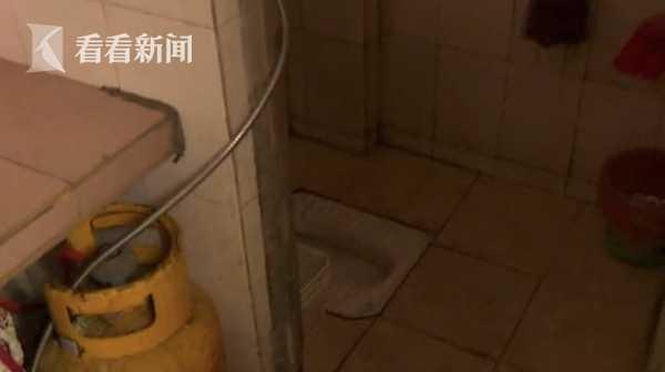 丈夫疑似冲澡触电身亡 妻子:其他住户也发现漏电