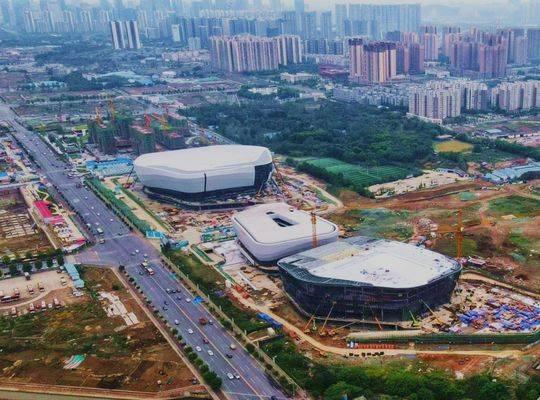 """成都大运会三大体育场正在悄悄""""穿上外衣"""" 凤凰山体育中心将"""