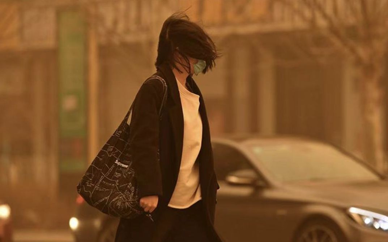 沙尘暴健康防护指南:等风来不如科学戴口罩,外出回家清洗脸