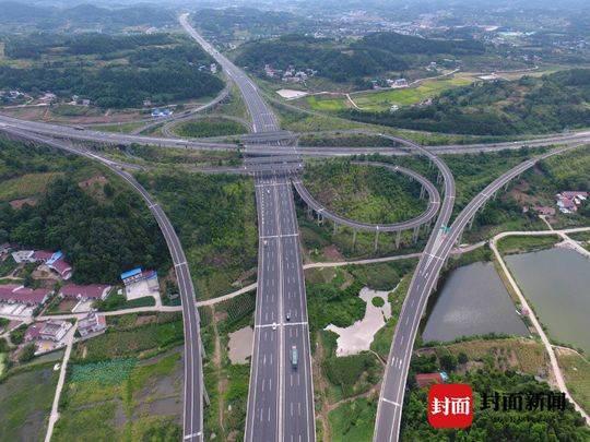 川中古县将迎首条高铁 第三条穿境高速连接新机场