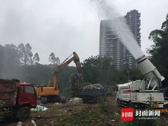 乐山绿心内被倾倒数十吨垃圾 现已开始集中处置清理