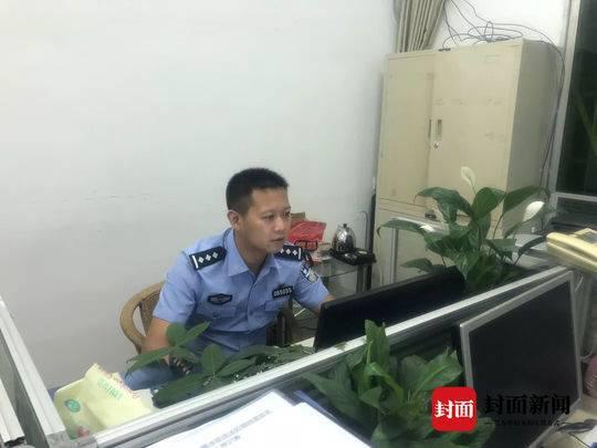 警察夫妻档:能把警服穿成情侣装是最浪漫的事情