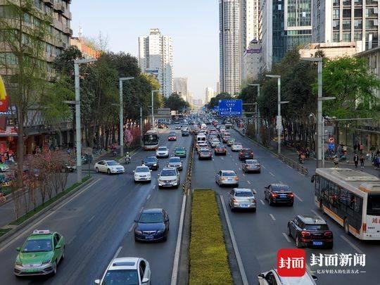 复苏的成都城市交通