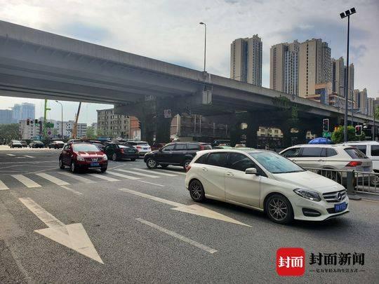 交通大数据看复工复产 成都城区汽车出行量恢复至常态88%