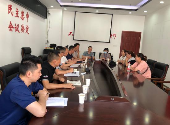 遂宁市河东新区多部门联合执法 3家午托班涉嫌无证经营已停办