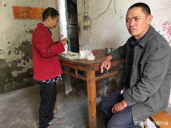 泸州男子被女儿劝与妻子离婚