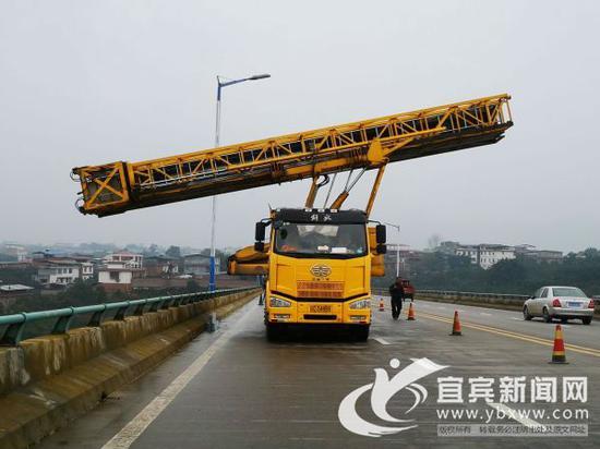 宜宾石马溪大桥拆除限高架 12日起全面恢复通行