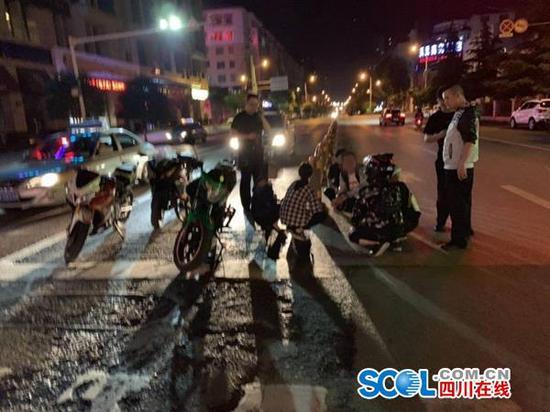 遂宁严打飙车、非法改装响管车辆等违法犯罪行为
