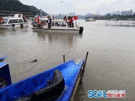 呵护美丽长江 明年四川所有天然水域将全面禁渔