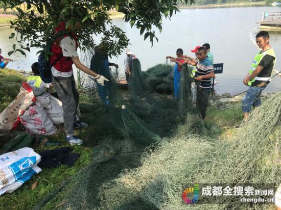 三百米长的渔网