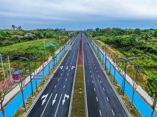 通车在即!成都东部新区首条环城道路顺利建成