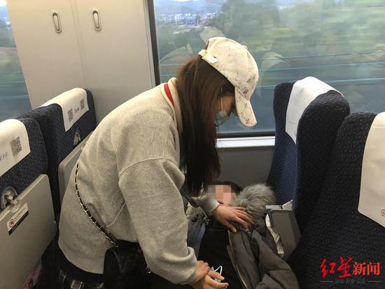 窦性心律过速+饿了一天 女孩高铁上昏迷幸遇对口支援医生施救