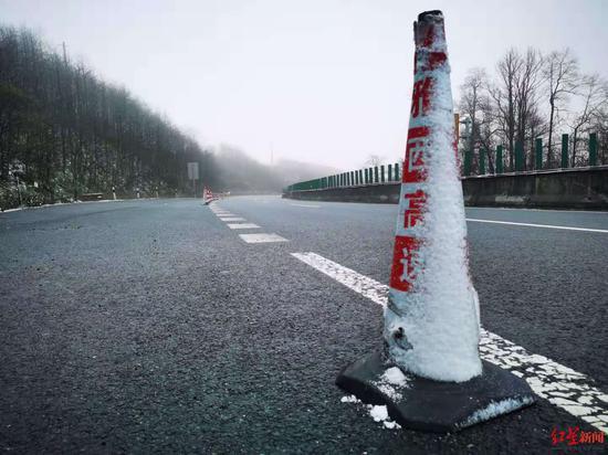 雅西高速进入冬管期间 成都至西昌班车最晚发车提前至15:30