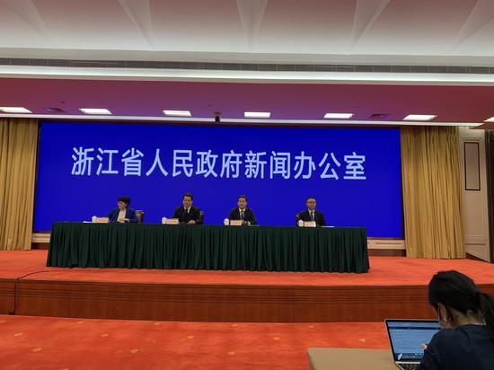 浙江省疾控中心:九类人群必须佩戴口罩