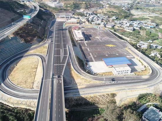 出行注意!攀枝花至大理(四川境)高速公路交通管制