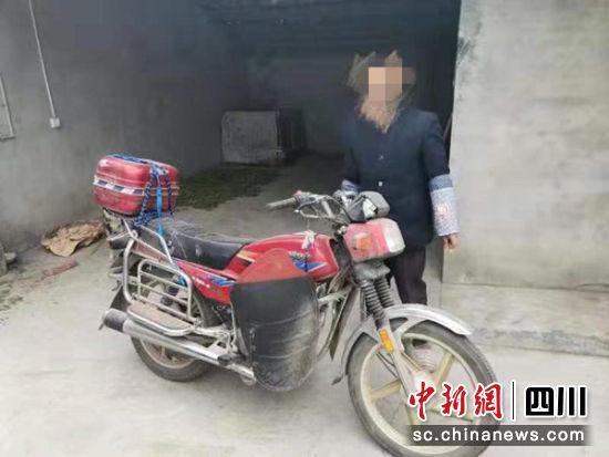 摩托车驾驶员交通肇事逃逸 交警成功将其抓获
