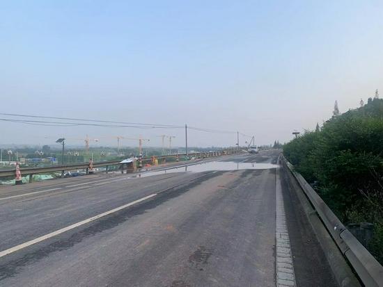 成绵高速磨家枢纽至德阳路段恢复交通 最高限速60公里/小时