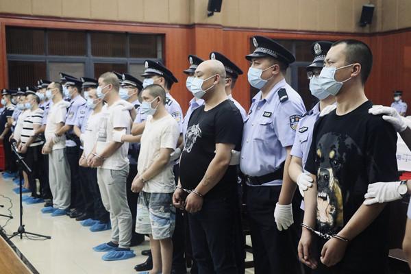 敲诈勒索吸贩毒人员供成员吸毒 四川一犯罪团伙被重判