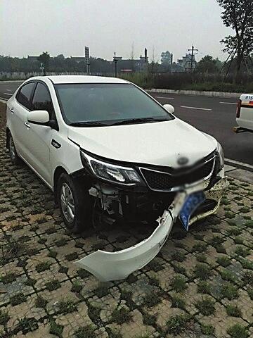 车头受损严重