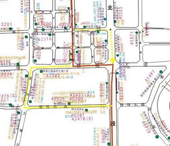 地铁施工锦城大道交子南一路口禁止右转 7条公交线路有变