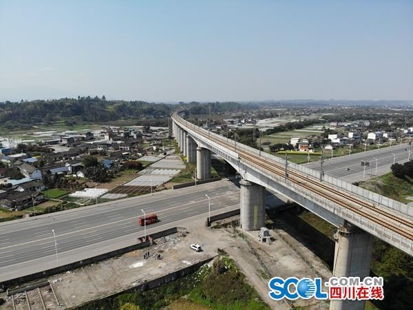 图片来源:中国铁路成都局