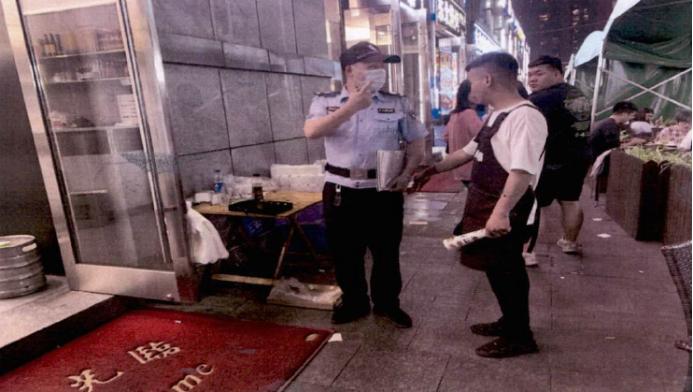 因不满夜宵摊吵闹从30楼扔石子伤人 杭州一男子被判缓刑