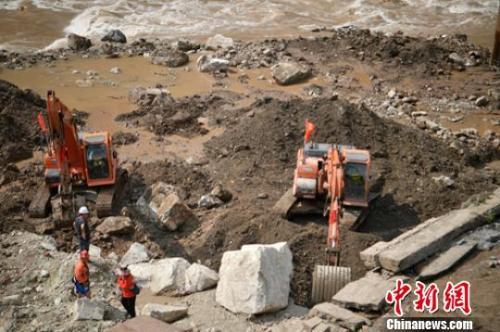 四川甘洛段垮塌:累计已找到12具疑似失联人员遗体