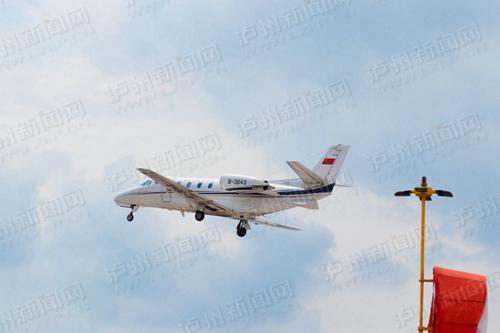 云龙机场投产飞行校验程序顺利开展。泸州新闻网记者 李佑天羽 摄