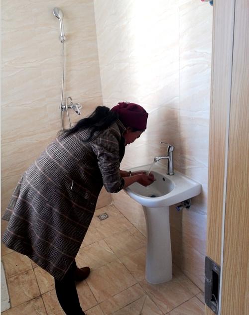 四川已完成37.46万套易地搬迁住房供水 超133万人受益