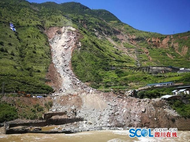 解读丨甘洛成昆铁路高位岩体崩塌救援为什么这样难?