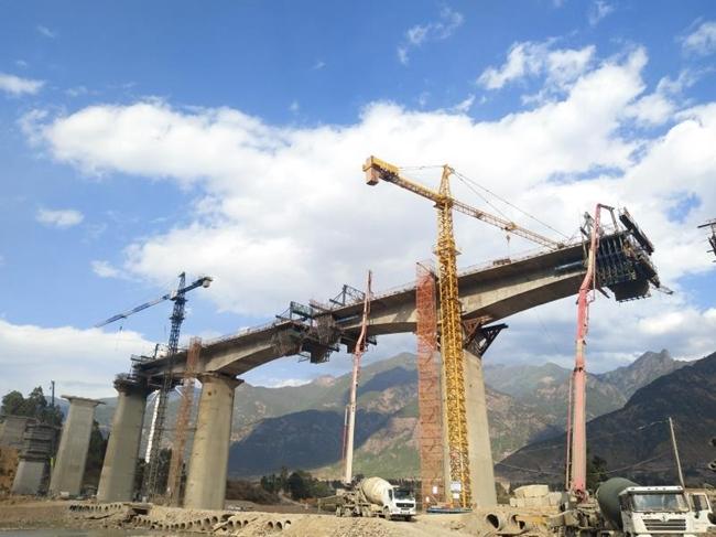 图片由凉山州铁建办提供