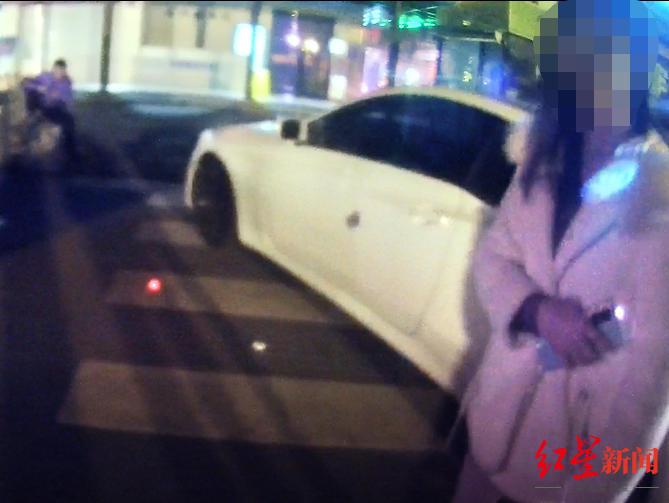 高速服务区内发生家庭纠纷 妻子直接举报丈夫酒后驾车