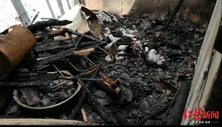 ↑被烧的房间