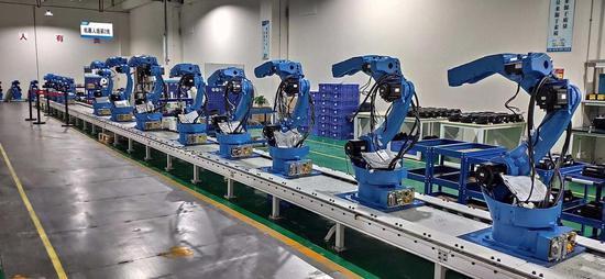 高檔數控機床、機器人……成都發布智能制造三年行動計劃