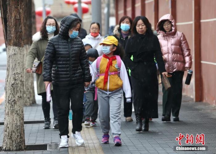 黄淮江淮等地出现较强降温 南方地区多阴雨天气
