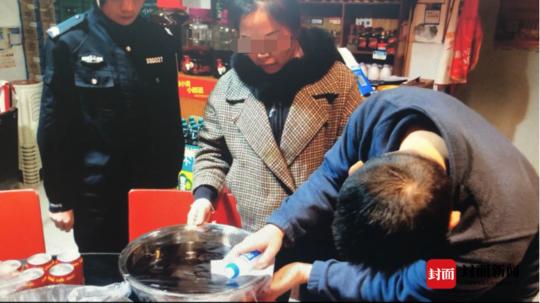 """每天爆满的火锅店底料竟是老油 老板刑拘后称""""知道不对,没想"""