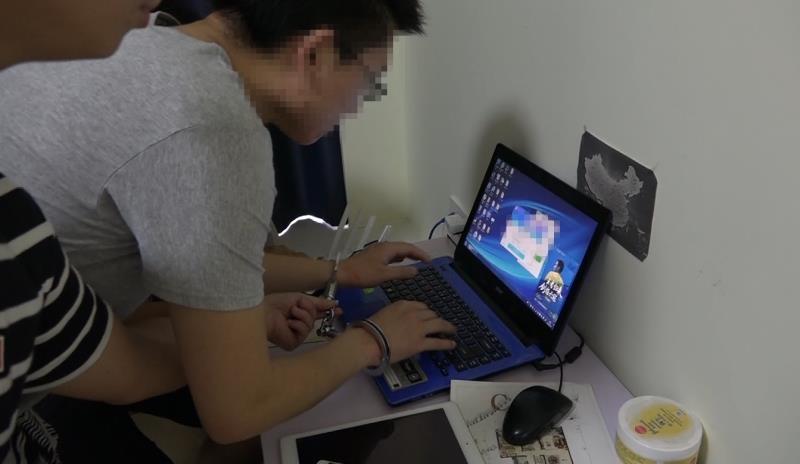 """""""黑客""""为""""炫技"""" 窃取母校学生信息46000余条"""