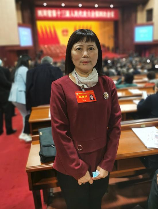 省政协委员李凊