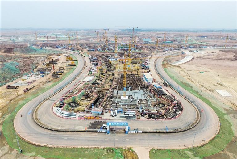 航站区正在进行桩基工程