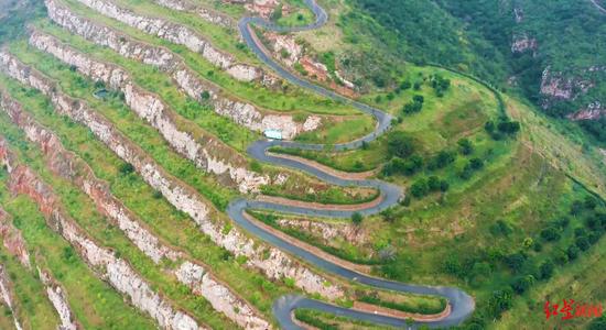 矿山生态修复区域的航拍图