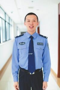 90后监狱民警杨粮彬。