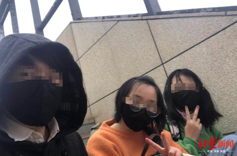 四川老板一家五口滞留武汉70天:亏损近12万 一岁儿子喝米汤